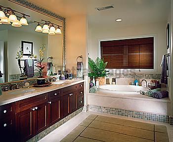 Elegant Contemporary Master Bathroom